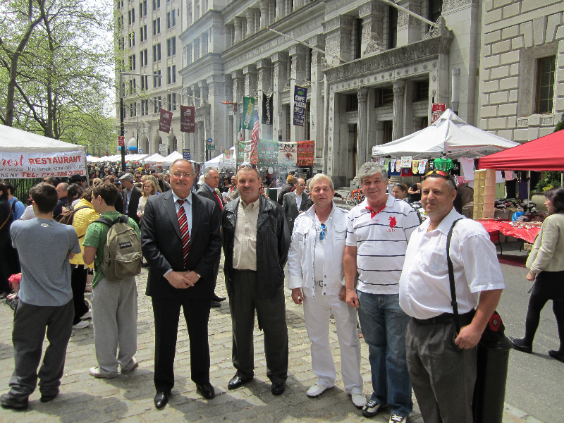 festival-romanesc-la-new-york-2011-deputat-mircea-lubanovici-11